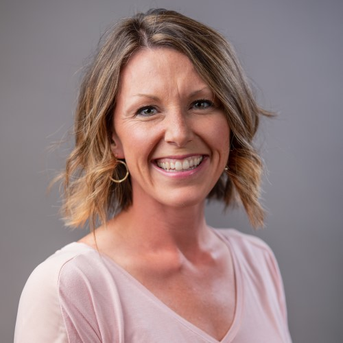 Business Development, Task Force Headshot, Educator Laura Robbins 500x500